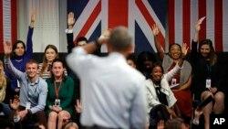 Obama tokom današnjeg susreta sa mladim građanima Velike Britanije, tokom kojeg je odgovarao na njihova pitanja