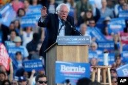 Prezidentliyə Demokrat namizəd Berni Sanders