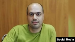 مسعود کاظمی روزنامه نگار و سردبیر ماهنامه «صدای پارسی» به ۴.۵ سال زندان محکوم شده است.