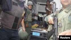 """Vojnicic se pripremaju za interevenciju u zatvoru """"Centro Osidental"""" u kojem je izbila pobuna"""
