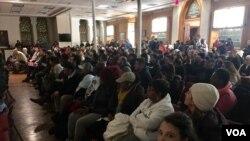 La iglesia Metropolitana AME en Washington D.C., acogió a personas que protestan a favor de los inmigrantes y refugiados. La reunión tuvo como objetivo, protestar en contra de los candidatos de extrema derecha nominados en el gabinete Trump y en contra de las directivas racistas.