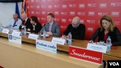 """Učesnici konferencije """"Ima govora o povlačenju amandmana"""", u Beogradu, 9. marta 2018."""
