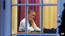 ປະທານາທິບໍດີ Barack Obama ກໍາລັງກະກຽມ ກ່າວຄໍາປາໄສ ປະຈຳປີ ຕໍ່ສະພາແລະປະເທດຊາດ ໃນແລງວັນອັງຄານມື້ນີ້.