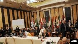 Các thành viên của Liên đoàn Ả Rập họp về Syria tại Cairo, Ai Cập, 8/1/2012