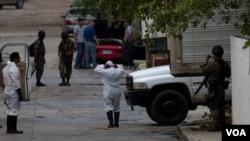 Hombres armados secuestraron a un primo magnate, Emilio Azcárraga Jean, quien fue liberado.