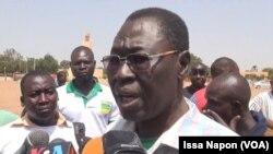 Le président de l'association des des blessés et martyrs de l'insurrection populaire, Pouahoulabou Victor, à Ouagadougou, Burkina, le 11 octobre 2017. (VOA/Issa Napon)