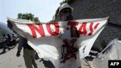 Mbi 50 të plagosur në protestat kundër ndërtimit të një linje hekurudhore midis Italisë dhe Francës