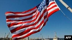 Москва озабочена заходом американского крейсера в Черное море