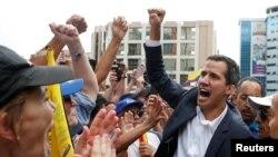 Huan Gaido, lider opozicije i predsednik skupštine Venecuele