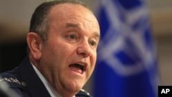 Vrhovni komandant NATO snaga u Evropi, general Filip Bridlav