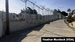 Bekas kamp pengungsi di Lesbos, Yunani yang kini menjadi tempat penahanan bagi para migran yang baru datang, sebelum dideportasi (2/4).