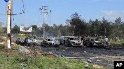 Tras el estallido, unos 60 autobuses con 2.200 personas, entre ellas 400 combatientes opositores, entraron en zonas controladas por los rebeldes en la provincia norteña de Alepo.