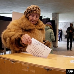 """Latviyada referendum: """"Da"""" yo """"Net""""?"""