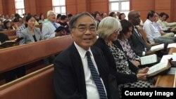 빅터 슈 타이완기독장로교단 부총서기가 지난 9월 평양 방문 당시 봉수교회에서 찍은 사진.