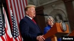 El martes 4 de junio de 2019, el presidente Donald Trump confirmó que las autoridades mexicanas solicitaron una reunión para tratar el miércoles el tema de la disputa con México.