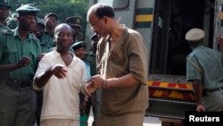 VaReynolds vachisvika kumatare muZimbabwe