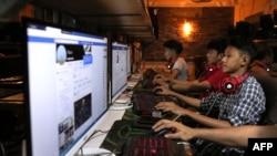 Mạng Internet đã đem đến cuộc cách mạng thông tin trên toàn cầu