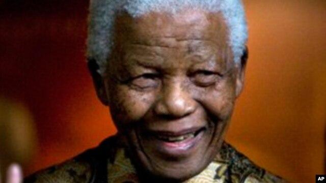 Intervention chirurgicale réussie pour Nelson Mandela
