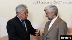 Ministar inostranih poslova Kazahstana jerlan Idrisov i iranski pregovarač Said Džalili