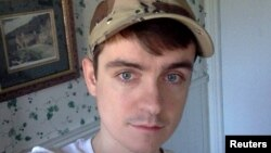 Alexandre Bissonnette (29 tahun) dijatuhi hukuman seumur hidup.
