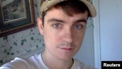 الکساندر بیسونت متهم ۲۷ ساله