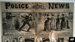 Noticias policiales ilustradas en una exhibición de Jack el destripador, en un museo londinense.