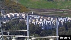 Deux millions d'habitants de la Californie ont retrouvé l'électricité