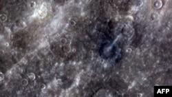 Снимок Меркурия, сделанный камерой зонда «Мессенджер»