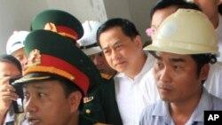 """Đại gia bất động sản Phan Văn Anh Vũ, còn gọi là Vũ 'nhôm, vừa được Thủ tướng Nguyễn Xuân Phúc nêu tên như một ví dụ điển hình của """"những tồn tại và bất cập trong quản lý công sản"""" ở Việt Nam."""