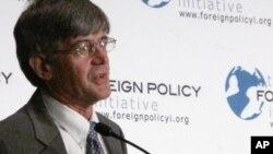 16일 워싱턴에서 열린 정책 토론회에서 발언하는 제임스 스타인버그 미 국무부 부장관