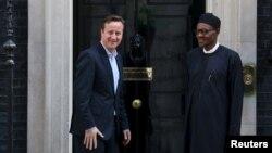 Shugaba Buhari tare da Farai Ministan Ingila David Cameron