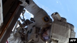 Астронавты установили новый охлаждающий насос на МКС