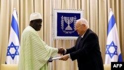 Shugaban Limaman Senegal Imam Oumar da shugaban kasar Israila Reuven Rivlin