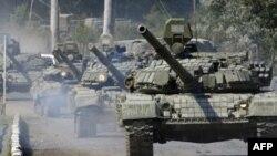 Колонна российских танков в ЮжнойОсетии 10 августа 2008 года