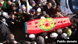 Thousands Kurd took to the streets in the Kurdish city of Diyarbakir, Turkey, to mourn three political activists killed last week in France. Thursday, January, 17 2013