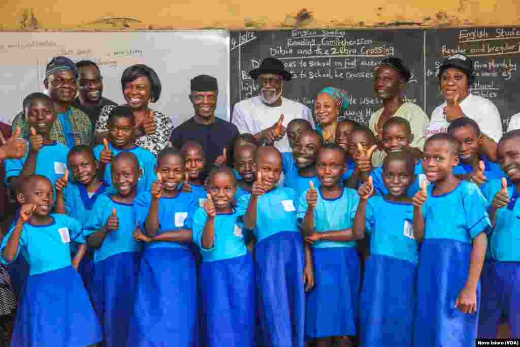 Nigerian Vice President OSinbajo Visits Alagbaka Primary School, Akure. 4th May, 2018.