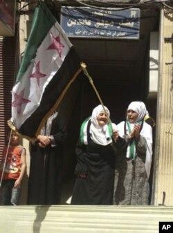 Idlib viloyatida prezident Assadga qarshi namoyish
