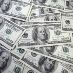 Pagos em dólares mas bancos entregam Kwanzas -2:49