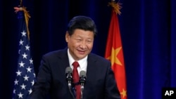 Como parte de su gira en EE.UU., el presidente de China Xi Jinping participa de una cena en Seattle. Líderes desde Michigan hasta Beijijg se reunieron para firmar tratados de cooperación de energía renovable y contra el cambio climático.