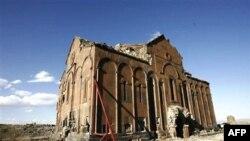 ԱՄՆ-ի Ներկայացուցիչների պալատն ընդունել է Թուրքիային եկեղեցիները վերադարձնել հորդորող փոփոխությունը
