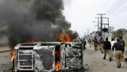 مردان مسلح موتور سيکلت سوار بيش از ده مسافر شيعه هزاره را در کويته کشتند