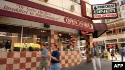 A Few Steps Up From Fast Food, and Down the Road From Fine Dining, Lies the Diner