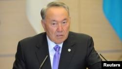 Kazakhstan President Nursultan Nazarbayev attends a news conference in Tokyo, Japan, Nov. 7, 2016.