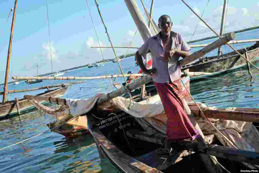 Vae Buno Vae has been fishing around Lamu for 35 years, but now he's afraid fishing as a livelihood is about to vanish, Nov. 26, 2014. (VOA / Hilary Heuler)