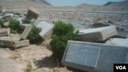عکس آرشیوی از گورستان تخریب شده بهاییان در حومه نجف آباد – وبسایت جامعه بین المللی بهاییان