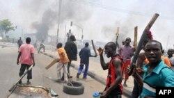Các vụ bạo loạn bùng ra tại các thị trấn khắp bang miền nam Kaduna