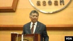 Tổng Thư Ký ASEAN Surin Pitsuwan