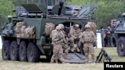 """Совместные учения сил обороны Эстонии с американской армией – """"Saber Strike"""""""