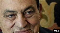 Mantan Presiden Mesir, Hosni Mubarak, diragukan tengah menderita kanker usus (foto: dok.).