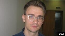 Студент Павел Степанов